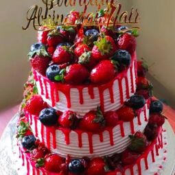 Dhaneeys homebakes is a one stop destination for all varieties of homemade cakes(cakes made using egg,eggless ones, diabetic friendly cakes, varieties of tea cakes, healthy cakes,theme cakes,fondant cakes, wedding cakes,customised cakes etc). We also prepare varieties of homemade chocolates for all occasions. We have varieties of breads,buns,pizza,donuts,burgers,puffs etc.. We makes sweets,bengali sweets ,brownies as per customer request. We are making continuous effort to add up new items in our menu to quench customers taste.