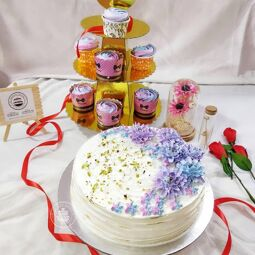 The best cake in the town we make for you in the best way with love and responsibility. We have two branches , Malappuram (Tirur) and Palakkad (Pattambi), please contact for further details.
